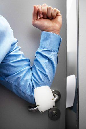 Handvrije deuropener